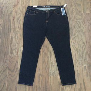 Old Navy Mid-Rise Curvy Skinny Dark Wash Jeans